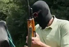 Jurnalistii Sky News, urmariti penal pentru reportajul cu traficantii de arme din Romania