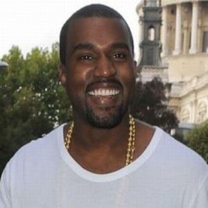 Kanye West a creat singur design-ul inelului de logodna pentru Kim Kardashian