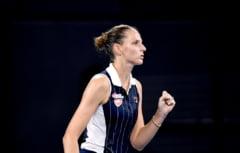 Karolina Pliskova o invinge pe Naomi Osaka dupa un meci maraton, in cel mai asteptat duel al zilei