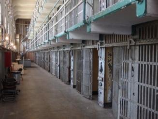 Kazahstanul renunta la aplicarea pedepsei cu moartea. Ce se va intampla cu un criminal condamnat la moarte pentru uciderea a opt politisti si doi civili