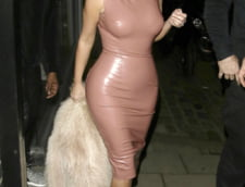 Kim Kardashian rochie latex