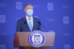 """Klaus Iohannis: """"O zi tristă pentru țara noastră. Ne despărțim de doi dintre cei mai iubiți români"""""""