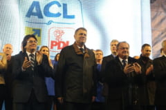 "Klaus Iohannis - in fata unei multimi de oameni, la Timisoara: ""Sa dovedim ca a inceput o noua era - Era Romaniei Normale"" - FOTO"