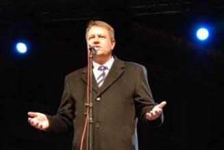 Klaus Iohannis, asteptat la discutiile cu opozitia