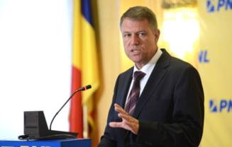 Klaus Iohannis, despre dosarul de incompatibilitate: Candidez indiferent de decizia Inaltei Curti