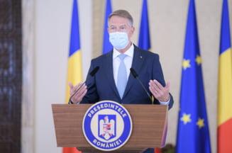 Klaus Iohannis, sedinta alaturi de Florin Citu si mai multi ministri pentru a discuta despre campania de vaccinare