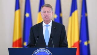 Klaus Iohannis a atacat la CCR legea prin care permisul de vanatoare poate fi obtinut dupa sase luni de stagiatura