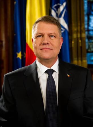 Klaus Iohannis instituie Ziua ambulantei si Ziua egalitatii de sanse - cand le celebram