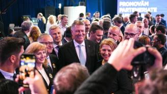 "Klaus Iohannis participa la Sibiu la Gala ""Femeile liberale premiaza excelenta"""