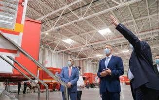 Klaus Iohannis participa la evenimentele care marcheaza 20 de ani de activitate a companiei Continental in Romania. Presedintele va vizita si fabrica de cauciucuri