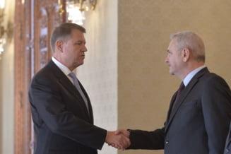 Klaus Iohannis sau Liviu Dragnea: ce e pus in joc la referendum