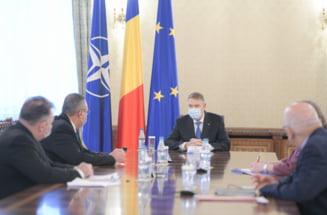 Klaus Iohannis se consulta marti, de la ora 15.00, cu partidele parlamentare pentru desemnarea premierului