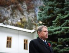 Klaus si Carmen Iohannis participa la slujba de Craciun la Sibiu