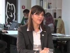Kovesi isi apara doctoratul: Similitudinea nu inseamna plagiat (Video)
