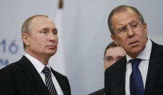 """Kremlinul califica drept """"absolut inacceptabile"""" noile sanctiuni impuse de SUA si UE. """"Dauneaza relatiilor deja deplorabile"""" ale Rusiei cu Occidentul"""