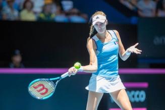Kristina Mladenovici face marea surpriza si invinge lidera mondiala WTA chiar la ea acasa in finala Fed Cup