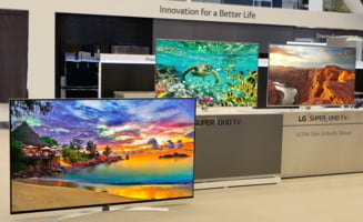 LG ne ia ochii cu primul televizor 8K din lume ce va fi pus in vanzare: Insa merita sa cheltui o avere?
