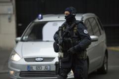 La 7 luni de la atentatele de la Paris, Franta se gandeste sa reformeze serviciile si sa faca agentie antitero