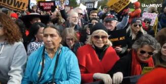La 81 de ani, Jane Fonda nu se lasa: A protestat din nou in fata Capitoliului, dar a evitat a cincea arestare