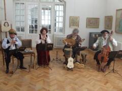 La Muzeul de Arta Ioan Sima, expozitie de arta veche si concert de muzica medievala