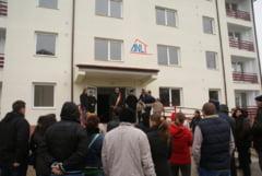 La Rosiorii de Vede, primarul Duica a inmanat cheile pentru 16 apartamente ANL