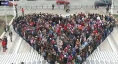 La Timisoara a fost organizat Marsul Bolilor Rare. Au participat medici, studenti si rezidenti