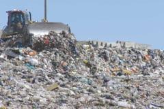 La Tortoman vor fi depozitate 850.000 de metri cubi de gunoaie