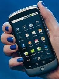 La ce folosesc romanii Internetul pe telefonul mobil