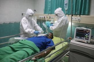 La nivel naţional, sunt 1024 de paturi ATI avizate de către DSP şi dedicate pacienţilor COVID-19, 184 în Bucureşti