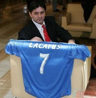 Lacatus, ca si dat afara de la Steaua