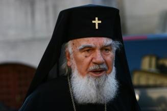 Lacrimi si lumina la Cluj: IPS Bartolomeu a fost inmormantat (Video)