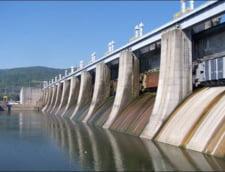 Lacul de acumulare de la Portile de Fier a fost golit pentru a face fata viiturii