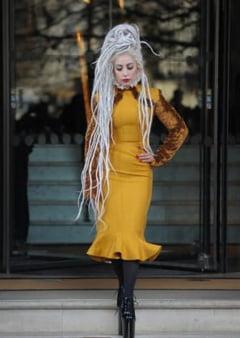 Lady Gaga isi permite sa dea sfaturi de viata unui bolnav de cancer: Mananca sanatos si fa miscare