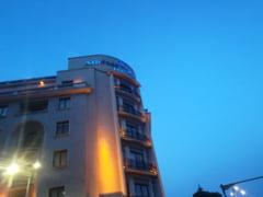 Lantul hotelier Hilton ar fi angajat avocati britanici, ca sa-i ceara socoteala lui Dragnea. De ce la Londra