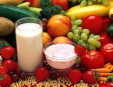 Laptele si cornul se transforma. Elevii vor primi la scoala si fructe si legume