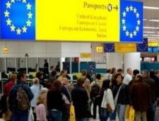 Lasati in tara, copiii emigrantilor romani gasesc singuri calea spre succes