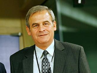 Laszlo Tokes si-a denuntat cumnatul de colaborare cu Securitatea
