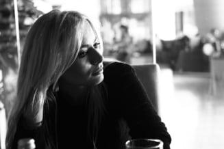 "Laura Cosoi, despre relatia cu Smiley, copii, atacuri de panica si ""Cel Ales"" - Interviu"