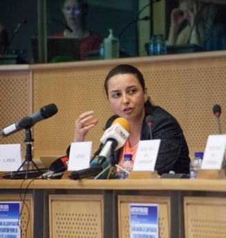 Laura Stefan: Calitatea de magistrat a procurorului este acum o pura fictiune juridica