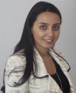 Laura Stefan: Numaram zilele cat mai traim intr-o tara normala Interviu