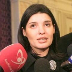 Lavinia Sandru: Politicienii tineri sunt mediocri