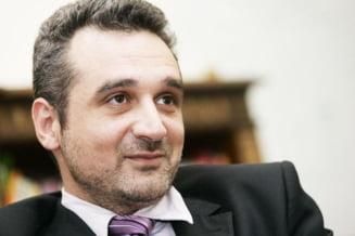 Lazaroiu: Nimeni nu poate conduce PD-L in afara de Emil Boc