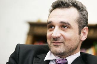 Lazaroiu: Prim-vicepresedintii PDL nu ar trebui sa fie membri ai Guvernului