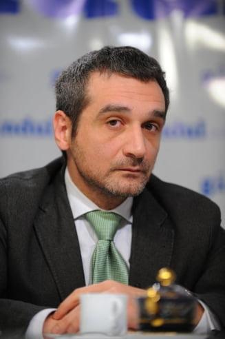 Lazaroiu, catre Ponta: Vorbeste cu Adrian, ca iti spune el ce sa faci cu TV-urile