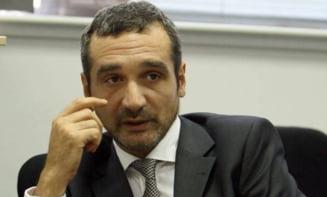 Lazaroiu, lui Ponta: Cat de nemernic sa fii sa ameninti clujenii ca le tai banii daca voteaza cu Boc