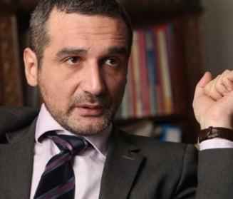 Lazaroiu il vede pe Mihai Gadea la prezidentiale: Ar lua de la USL suficient cat sa incurce