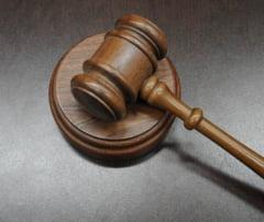 """Legalitatea rechizitoriului in cazul """"Microsoft"""", contestata de avocatii inculpatilor"""