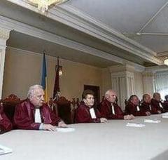 Legea asistentei sociale este constitutionala, a decis CCR