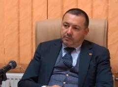 "Legea initiata de deputatul ""Mitraliera"", prin care evazionistii scapa de inchisoare daca achita prejudiciul, dezbatuta in CCR"