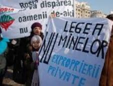 Legea minelor, paravanul pentru Rosia Montana, la mana deputatilor - proteste la Parlament